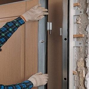 Как установить входную дверь самому: крепление