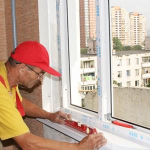 Стоимость установки пластиковых окон: замеры